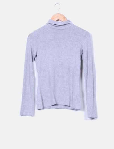 Camiseta básica gris cuello chimenea Pimkie