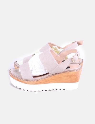 Sandália bege da cunha multicolor It shoes