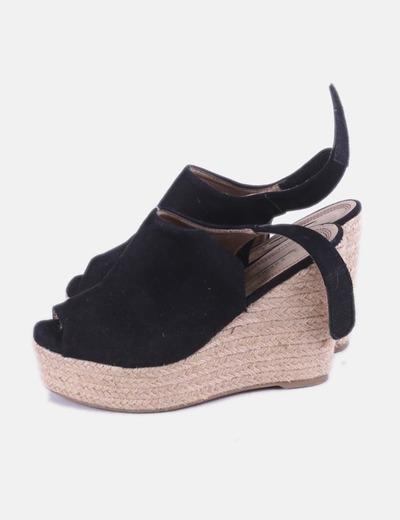 Zapatos cuña negros