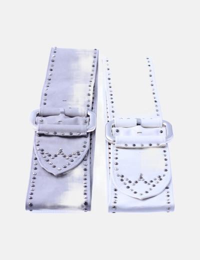Conjunto cinturones tachas
