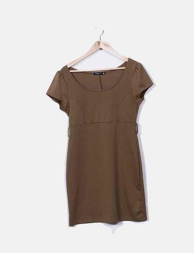 Vestido tricot marrón manga corta