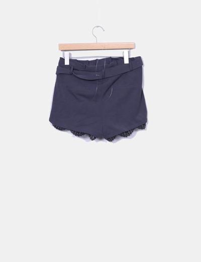 Shorts gris lencero