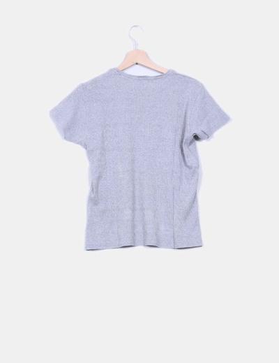Camiseta basica gris texturizada