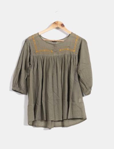 356781596 Natura Blusa verde cuello bordado (descuento 79%) - Micolet