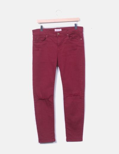 Pantalón denim granate