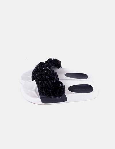 Chancla negra flip flop