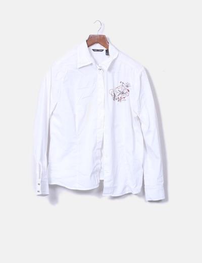 lo último bien baratas hermosa y encantadora Camisa blanca con hombreras y flor bordada