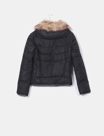comparar el precio gran colección comprar lujo Chaqueta negra con pelo en cuello