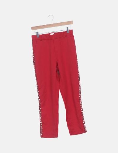 Pantalón recto rojo perlas