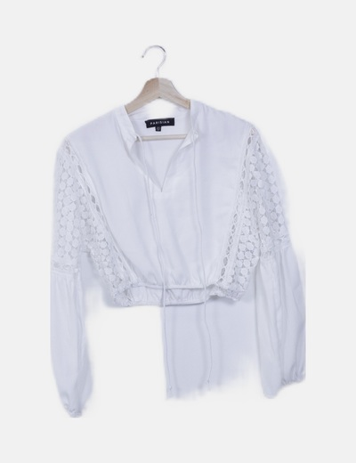 Blusa crop blanco crochet