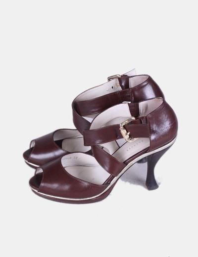 Sandalias de piel marrón chocolate hebilla dorada Farrutx