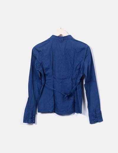 Blusa azul marina detalle hebillas