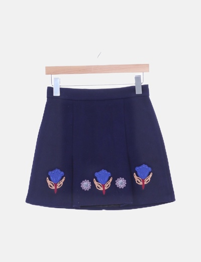 Falda lana corte a azul marino bordado