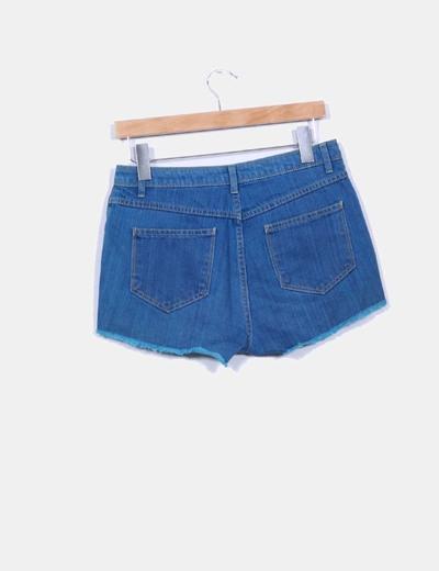 Shorts azul con tachas