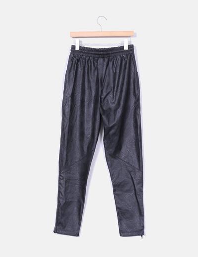 Pantalones polipiel negros