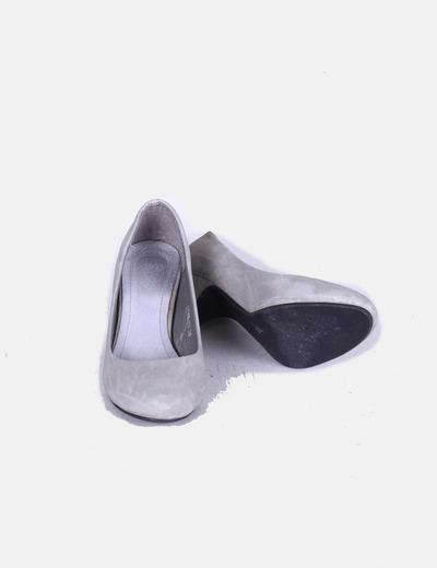 8f975681947 Mio Mio Zapatos grises kitten heels (descuento 90%) - Micolet