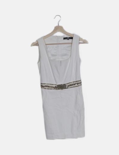 Vestido ceñido blanco detalle cinturón