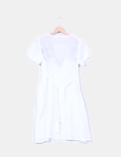 Vestido blanco bordado