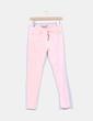 Pantalón vaquero rosa Zara