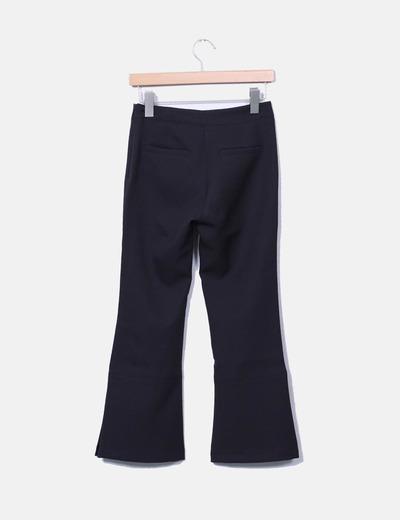 Pantalon negro acampanado detalle perlas