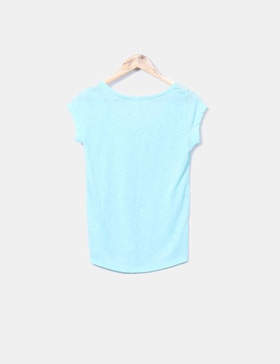 Camiseta mint con bordado blanco