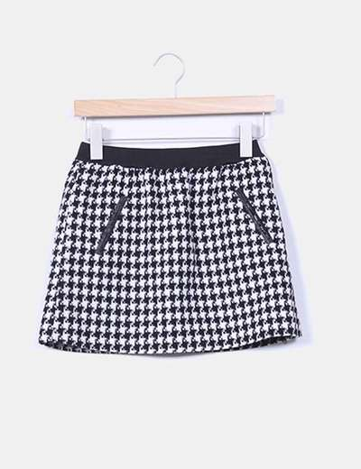 Mini falda pata de gallo blanco y negro Zara Kids