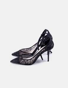4ad3830dc3f73 Stiletto encaje negro Zara. ZARA. TALLA 38 ...