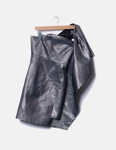Vestido metalizado asimétrico