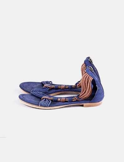 Sandalia plana azul marina y marrón Pull&Bear