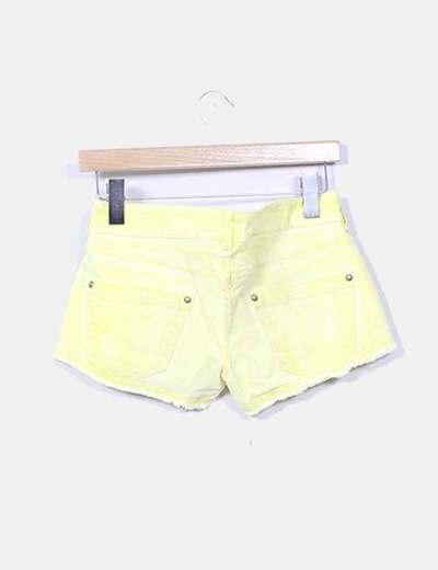 Shorts denim amarillo