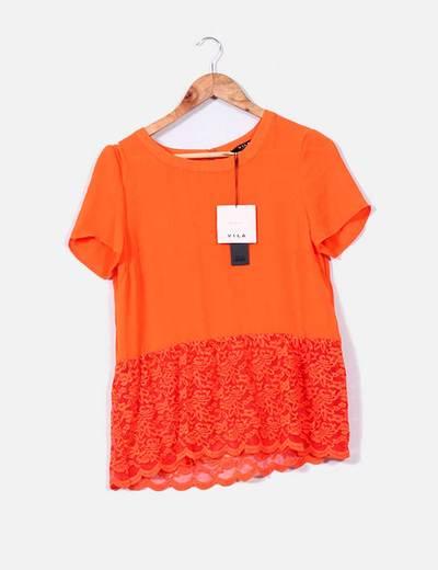 Blusa naranja con detalles bordados VILA