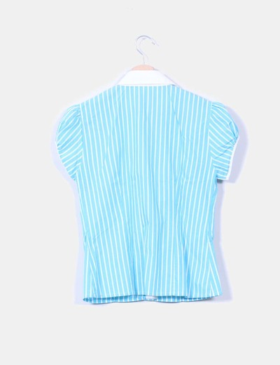 Camisa azul de rayas