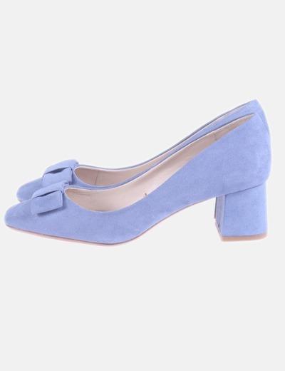 Zapato de tacón cuadrado azul