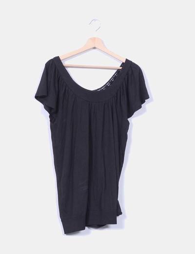 Camiseta negra con encaje  M&S