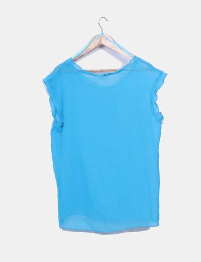 Blusa azul cielo semitransparente