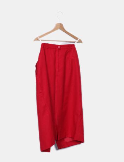 Falda maxi roja abotonada