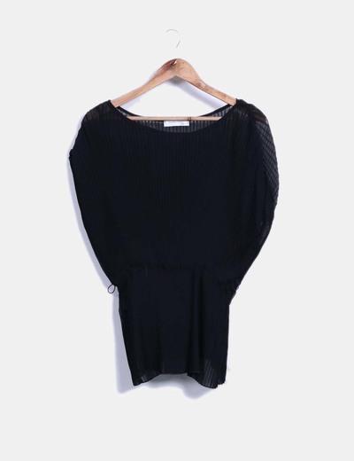 Blusa negra plisada Suiteblanco