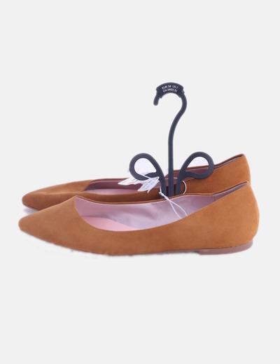Zapato plano mostaza