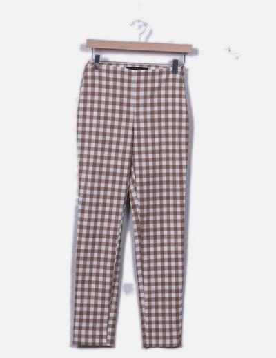 Pantalón de cuadros marrón y blanco