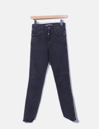 Jeans denim negro con botones