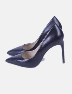 99f44b77cb7ac Stiletto negro Zara