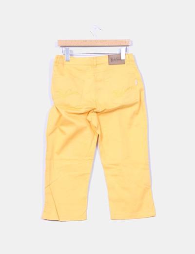 Pantalon pirata amarillo