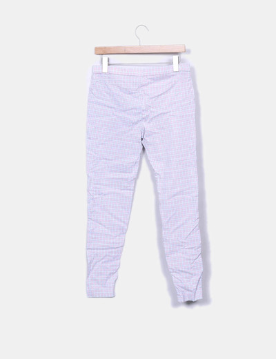 Pantalon pitillo rosa estampado