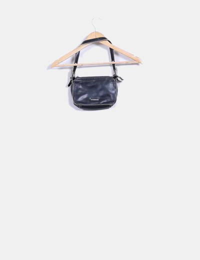 Bolso mini negro con costuras beige
