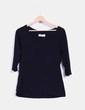 Camiseta negra escote cuadrado Zara