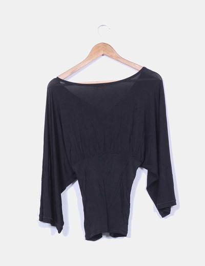 Camiseta negra manga ancha