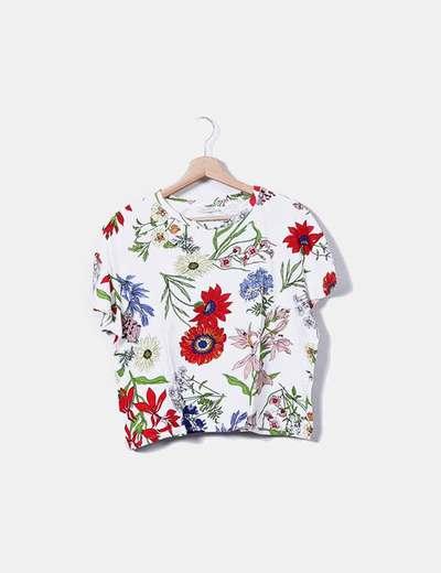 Camiseta blanca estampado floral Zara