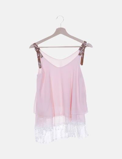 Blusa gasa volantes rosas tirantes polipiel marrón