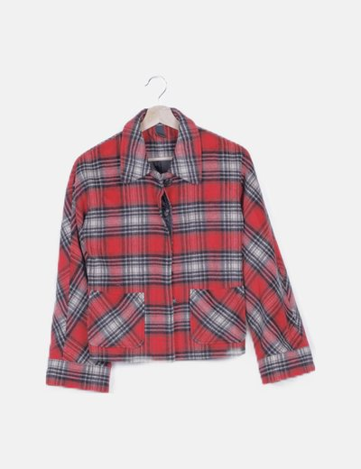 Abrigo corto rojo de cuadros