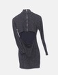 Vestido entallado negro glitter escote espalda Zara